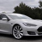 Связной открыл предзаказ на автомобили Tesla